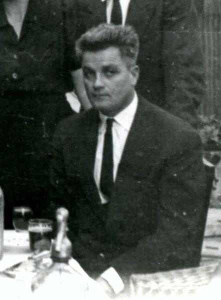 Ferenc Deák Frontansicht Schwarz-Weiß-Aufnahme