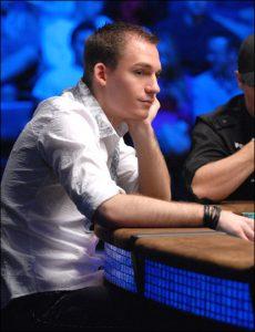 Justin Bonomo beim Pokerturnier