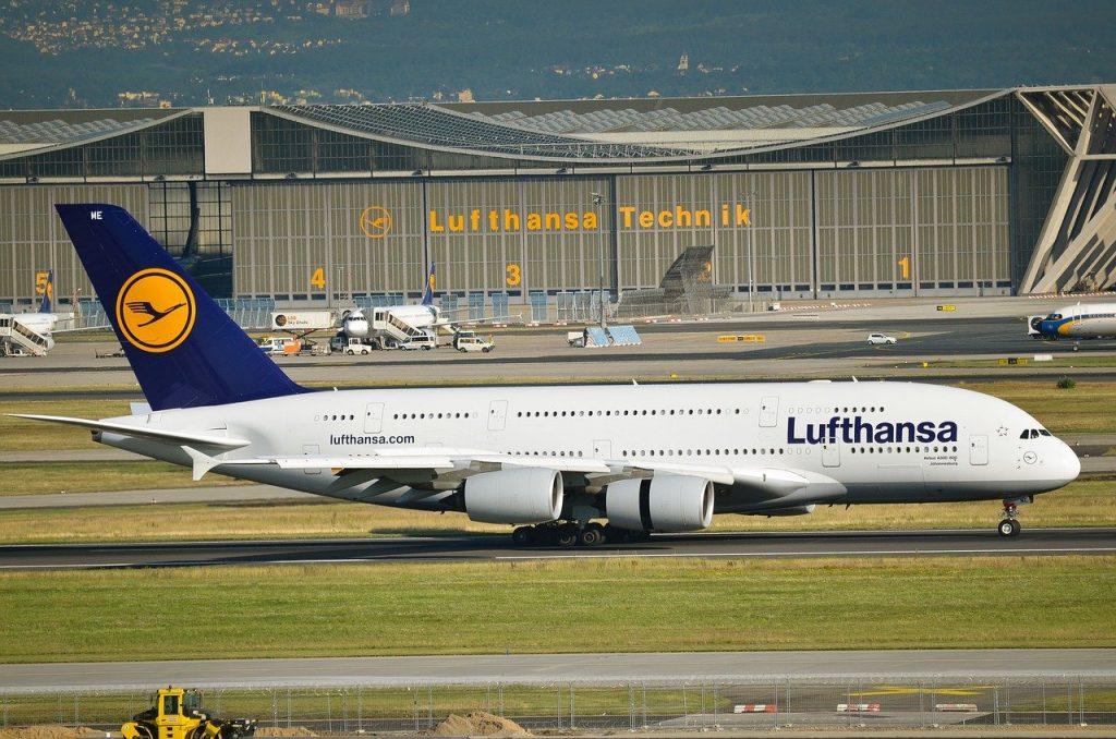 Lufthansa Flugzeug Flughafen