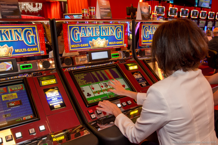 Monaco Bay Casino: Automatenspiel