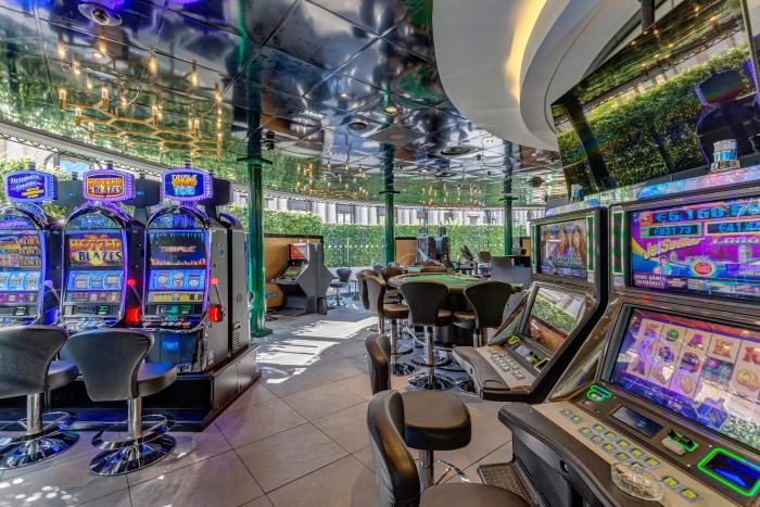 Monaco Casino Café de Paris: Außenbereich und Raucherterrasse