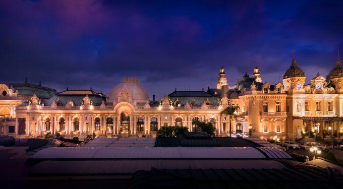 Monaco Casino: Das Monte-Carlo Casino bei Nacht