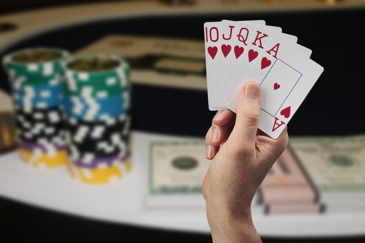 Poker Chips Karten Royal Flush Herz