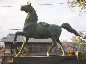 Statue eines Pferdes