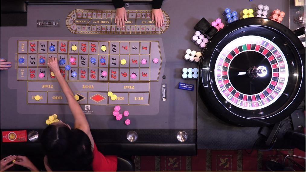 Dual Play Roulette Tisch