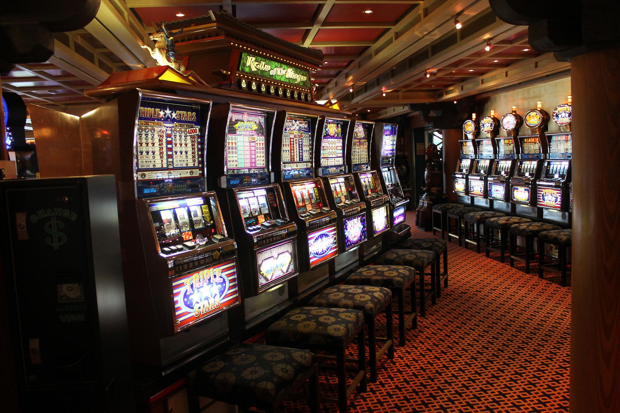 Spielautomaten in der Spielhalle