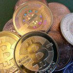 Bitcoin.com startet eigenes Online Casino und Bitcoin Gründer enthüllt