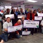"""""""Die Tennessee 20"""": Arbeitskollegen knacken 420 Mio. Dollar Powerball Jackpot"""