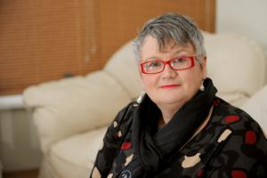 Das Bild zeigt MP Carolyn Harris.