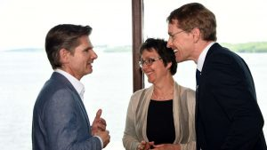 Heiner Garg (FDP), Monika Heinold (Grüne) und Daniel Günther (CDU)