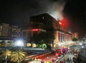 Das Resorts World Manila steht in Flammen.