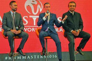 Stephen Reilly mit zwei Kollegen bei den RWM Masters 2016