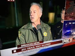 Polizeichef Joe Lombardo bei einer Pressekonferenz