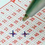 Unverhofftes Losglück: Rentnerin wird versehentlich Lotto-Millionärin