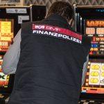 Illegales Glücksspiel: Polizei in Österreich kämpft gegen Reizgas und Elektrofallen