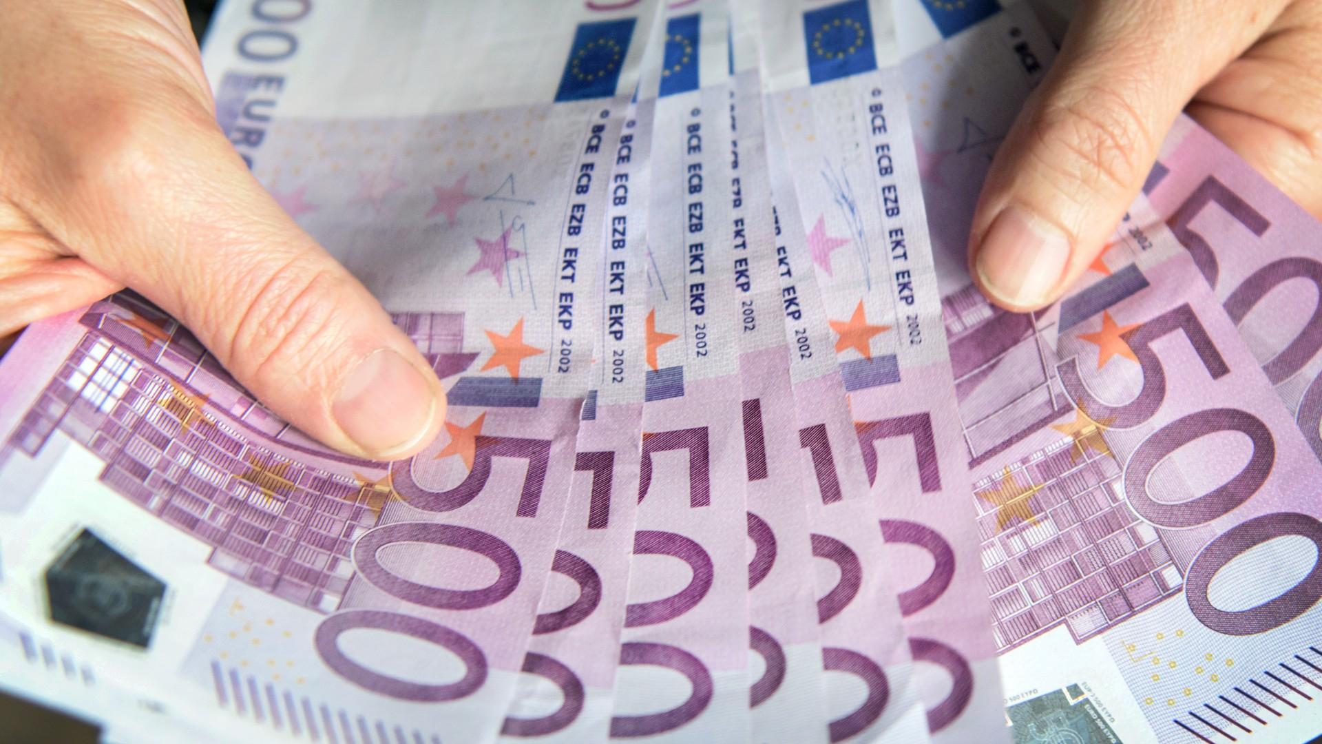 500 Euro Scheine im Bündel