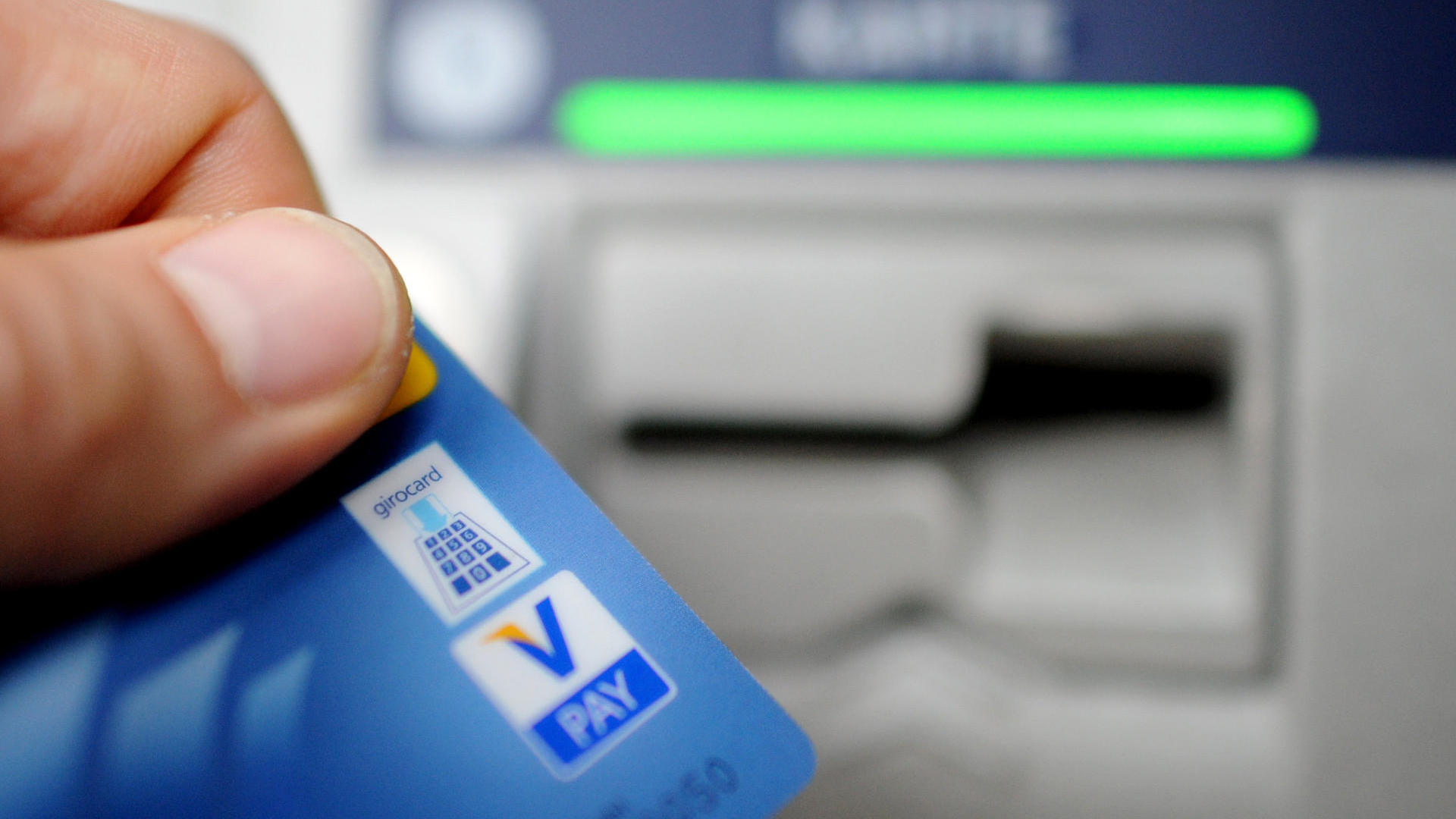 Visa-Karte bei der Bezahlung