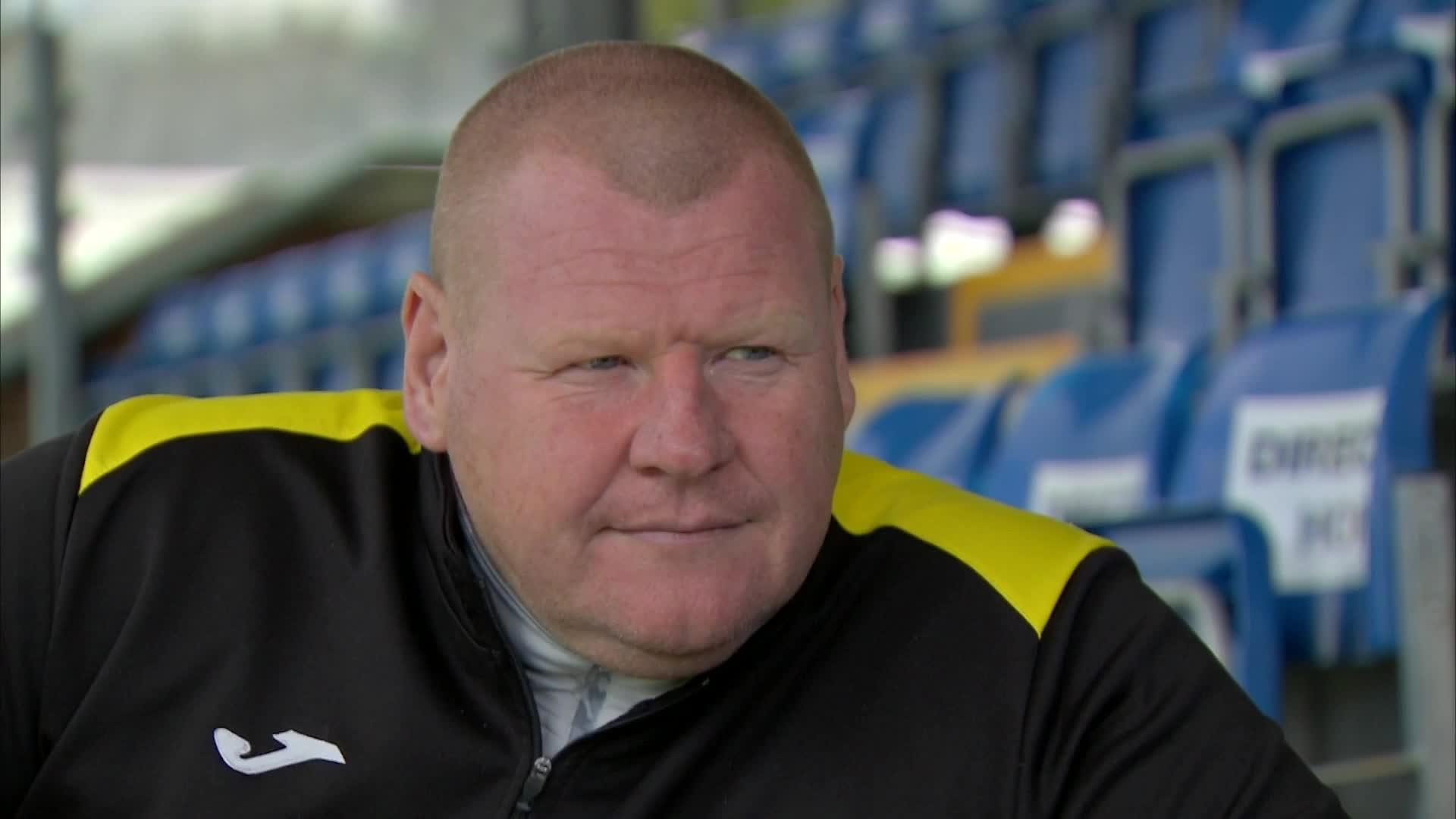 Torwart Wayne Shaw von Sutton United