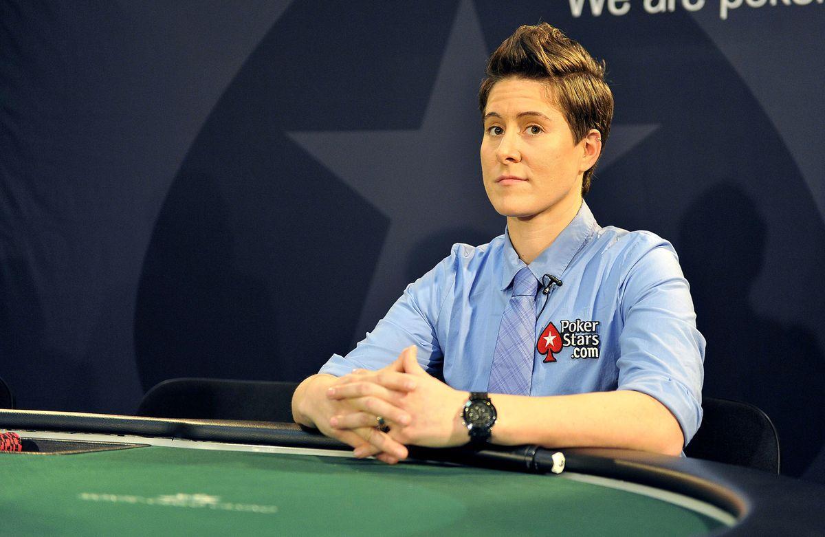 Pokerspielerin Vanessa Selbst am Pokertisch