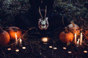 Kürbisse und Kerzen