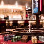 Geldstrafe für die Rank Group: Casino Manager besucht Spieler trotz dessen Selbstausschluss