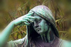 Statue Frau
