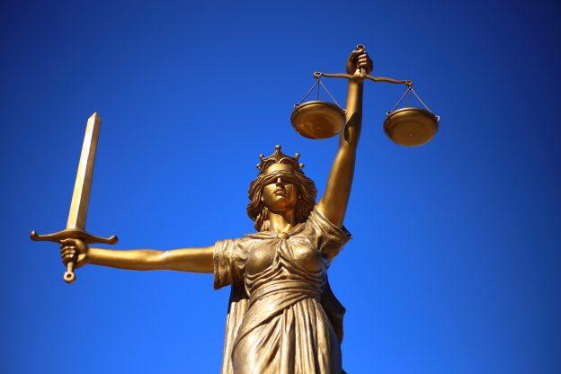 Justizia Statue