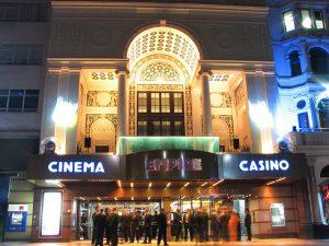 Empire Casino bei Nacht