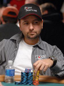 Daniel Negreanu am Pokertisch
