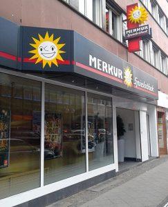 Merkur Spielhalle von außen