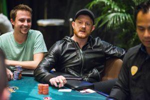 Koon am Pokertisch