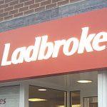 Skandal: Ladbrokes soll unerfahrene Spieler manipuliert haben