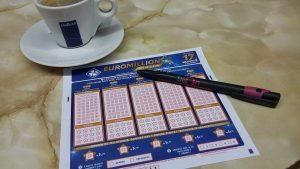 EuroMillions Lottoschein Strift Tasse