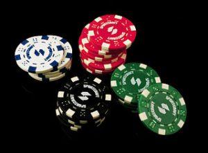 Poker Chips weiß rot grün schwarz