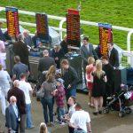 Großbritannien: Glücksspiel-Kommission überprüft Lizenzen der Buchmacher auf der Pferderennbahn Ascot