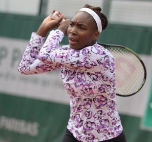Venus Williams mit Tennisschläger