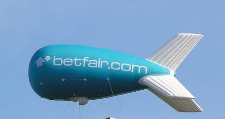 Betfair Werbung auf Ballon