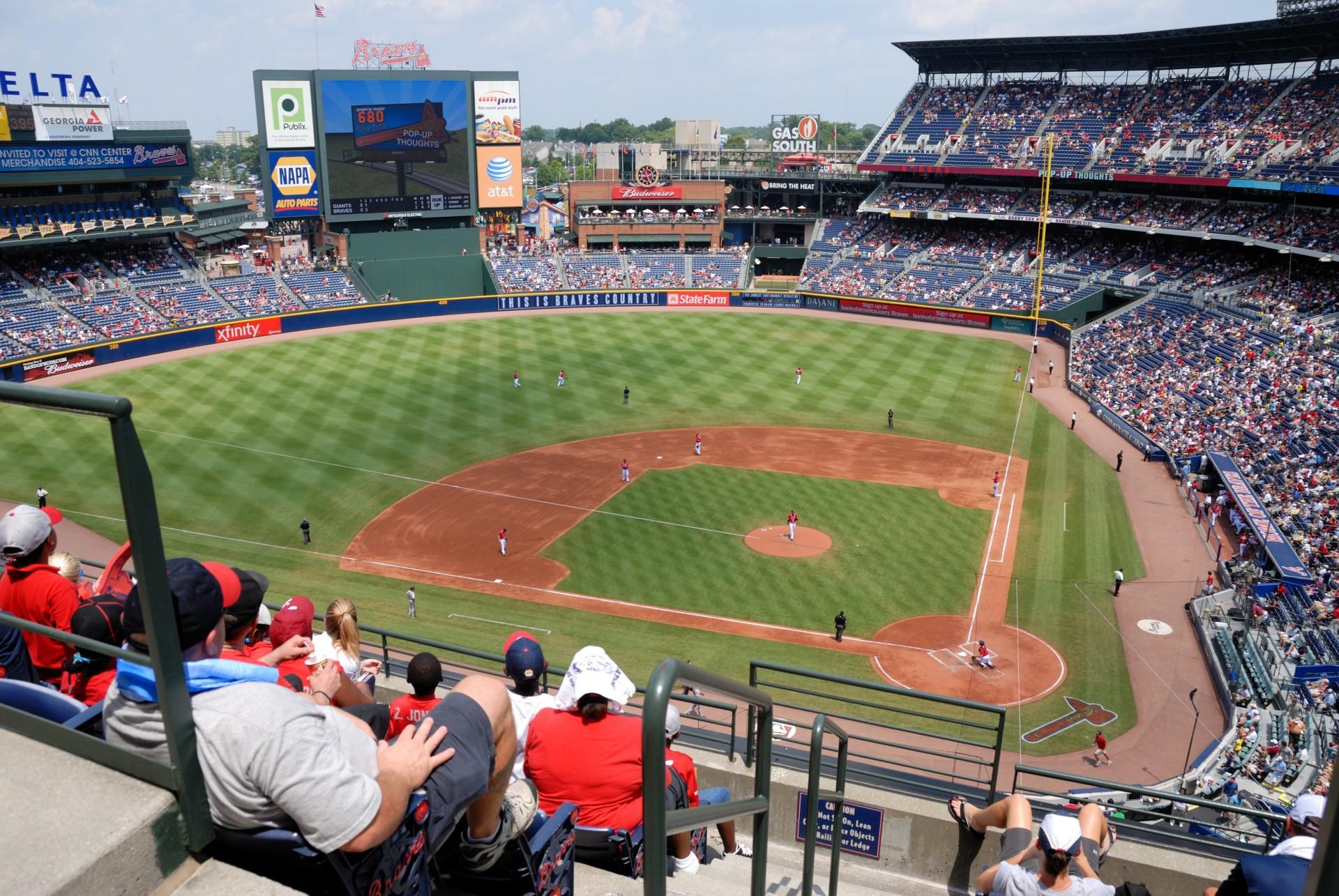 Ein Baseballstadion mit Besuchern