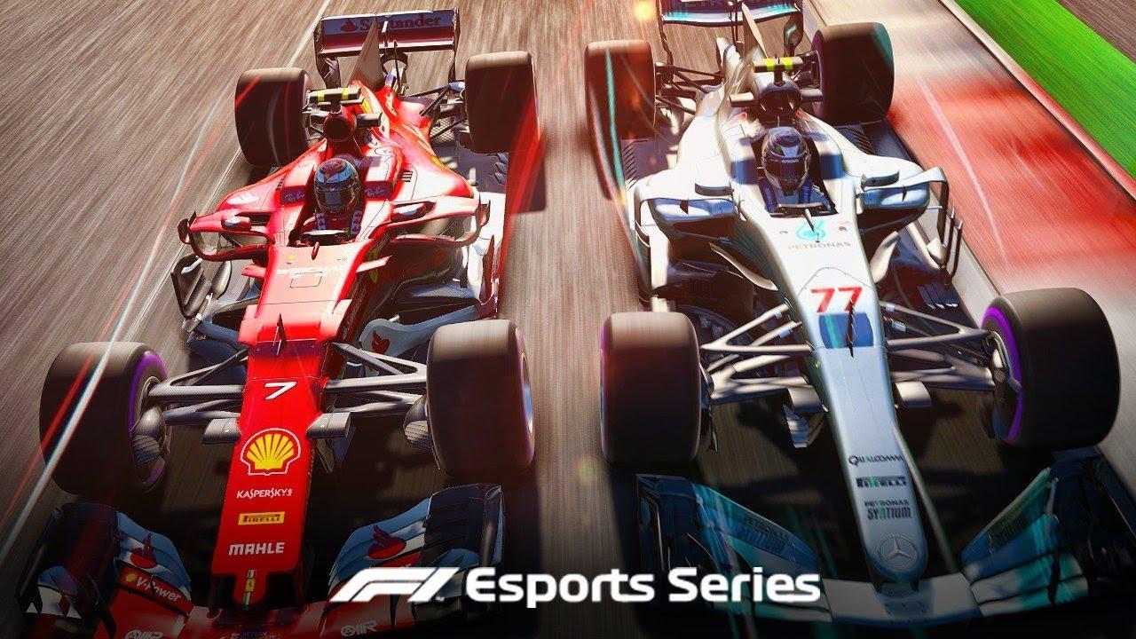 Zwei Formel 1- Wagen auf einer Rennstrecke