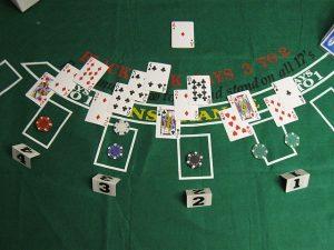 Blackjack Tisch mit Karten