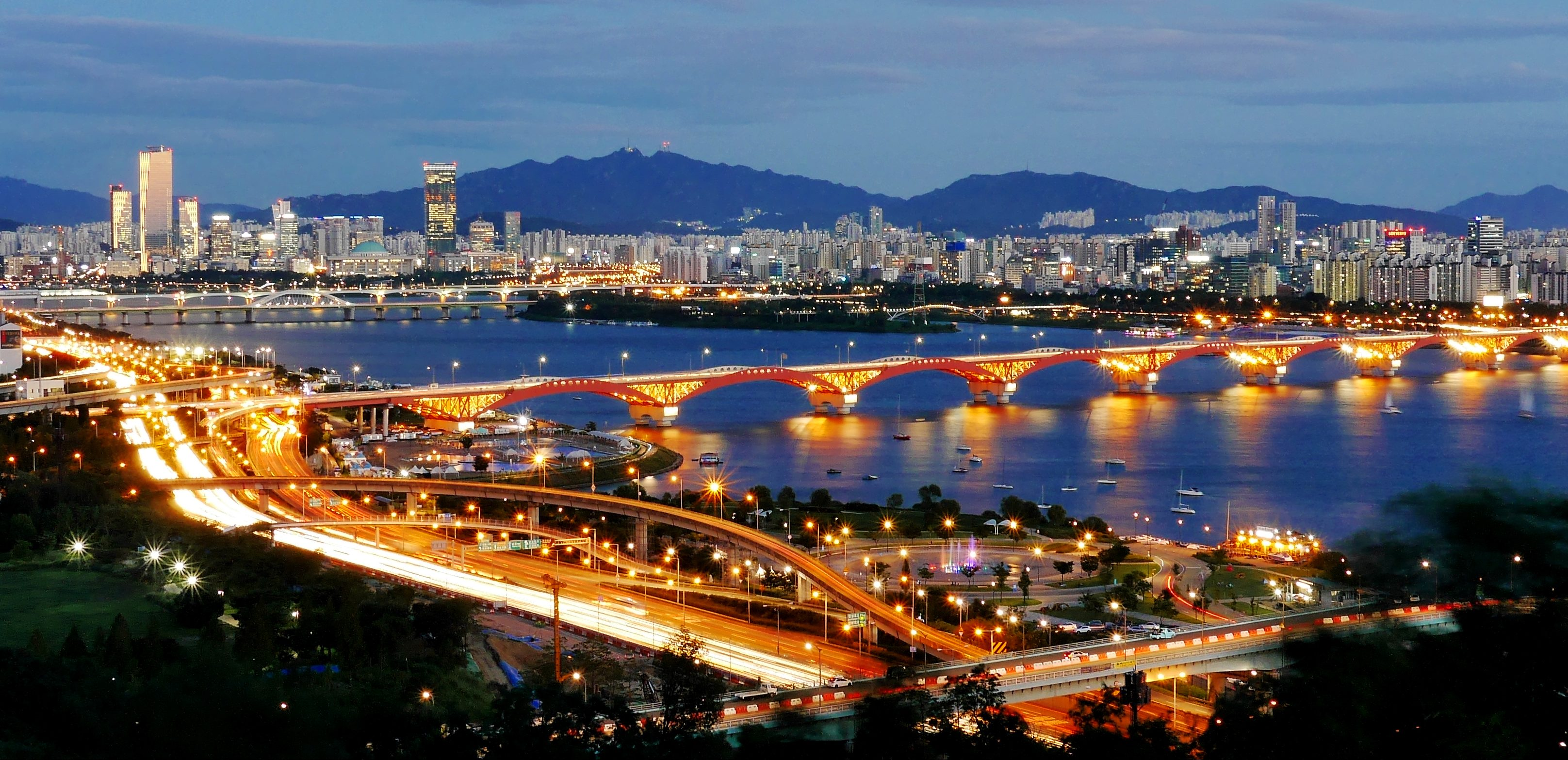 Seoul, Seongsu-Brücke und Han-Fluss