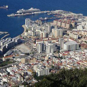 Hafen von Gibraltar, Meer, Stadt, Häuser