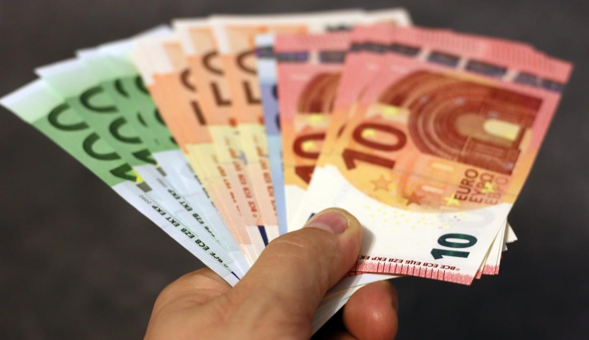 Hand, Geldscheine, Banknoten