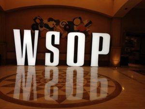 WSOP, Leuchtbuchstaben