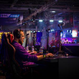 eSport Gamer im Turnier