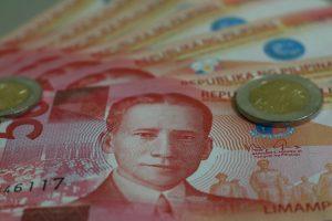 Philippinische Pesos Geldscheine und Münzen