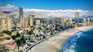 Alicante Strand und Stadt Luftbild