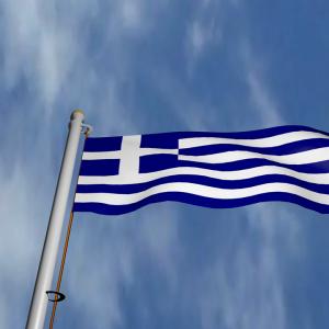 griechische Flagge, Himmel, Wolken