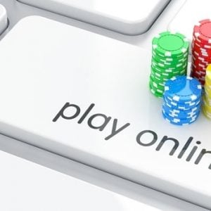 Play yonline Tastatur mit Jetons