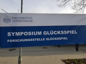 Plakat Symposium Glücksspiel